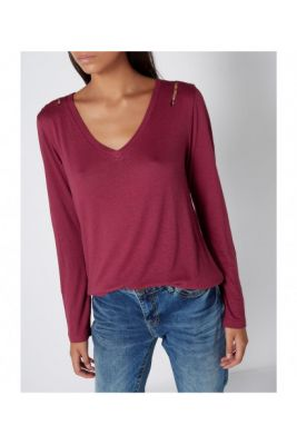Imagine Label Lab Marnie V Neck Top