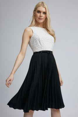 Imagine White-black pleated dorothy perkins dress